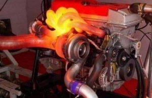 Što je pomoćna pumpa rashladne tekućine u motoru?